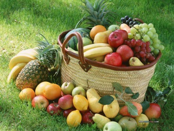 Groenten en fruit uit de supermarkt bevatten steeds minder landbouwgif